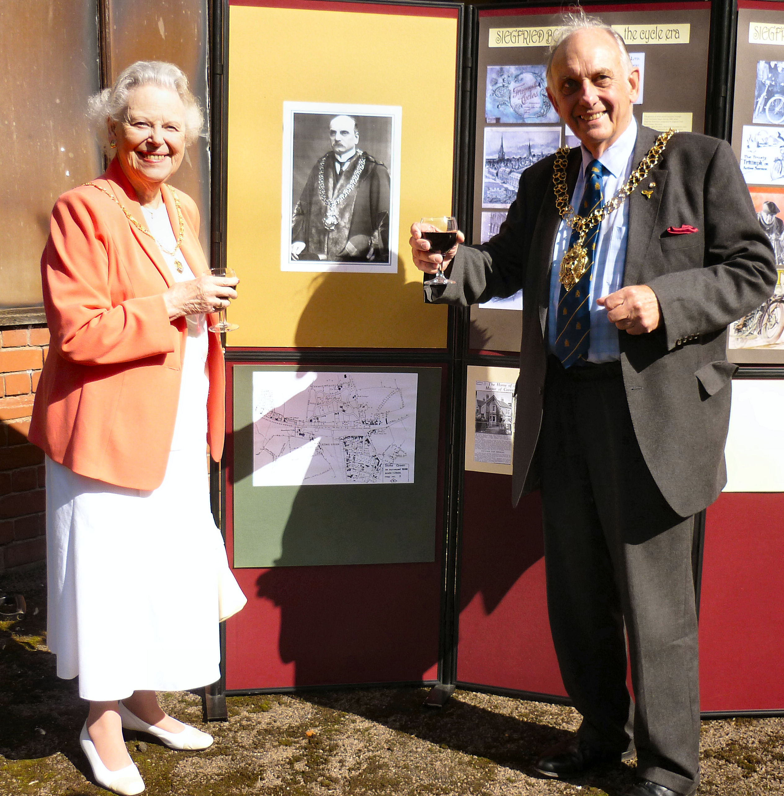 Bettmann plaque unveiling