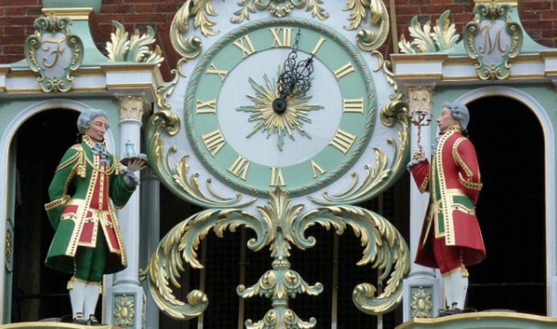Fortnum and Mason Clock - Philip Bentham