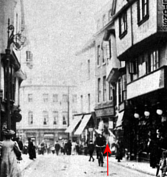 The original site of Barclays Bank in High Street